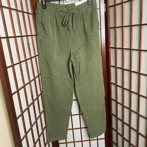 American eagle high rise soft ankle pant olive
